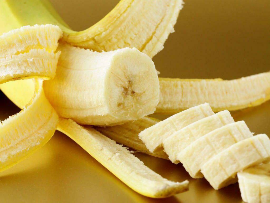 Бананы укрепляют сердечную мышцу, понижают холестерин, помогают улучшить работу...