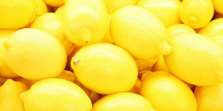 Не забывайте про лимоны.  Они богаты витамином С, антиоксидантами, лимонным...