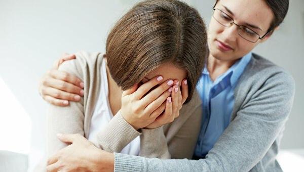 Как помочь, если человек плачет  Плач – способ проявления чувств. Не стоит...