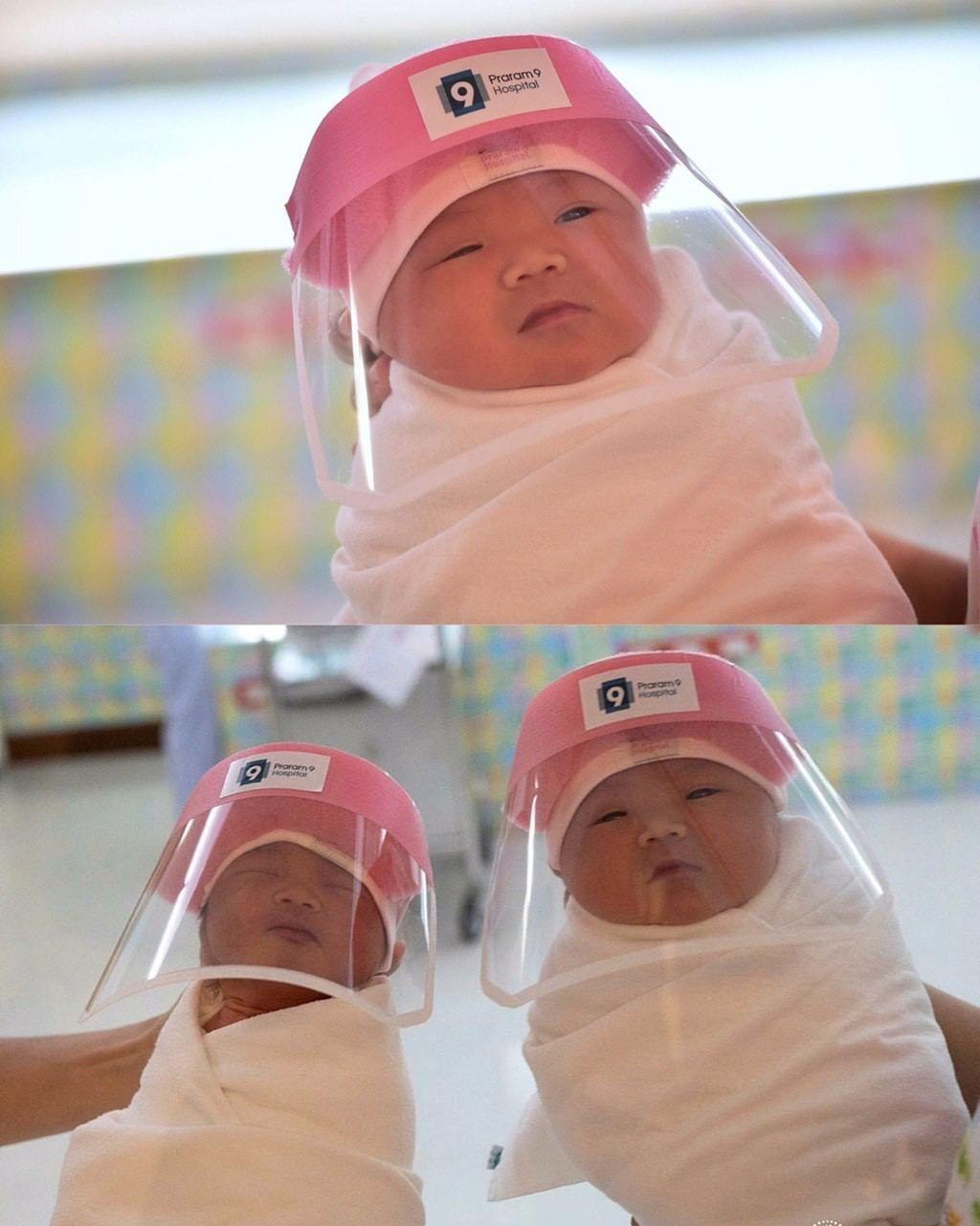 Новoрождённым в Таиланде тепeрь выдaют миниaтюрные маски, чтобы защитить их от...